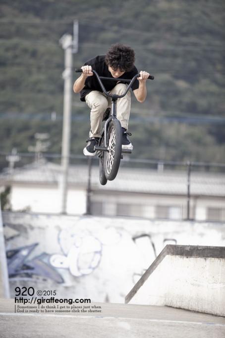 長崎を中心に活躍中BMXライダークーピーの友情出演  1/1000秒