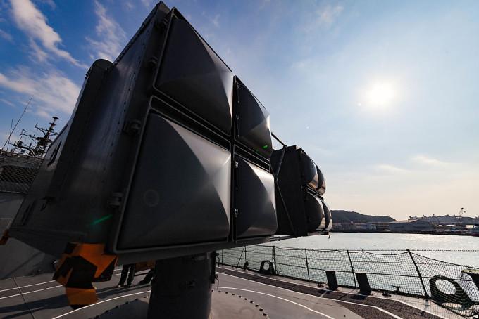 シースパロー対空ミサイル、その射程なんと13キロメートル