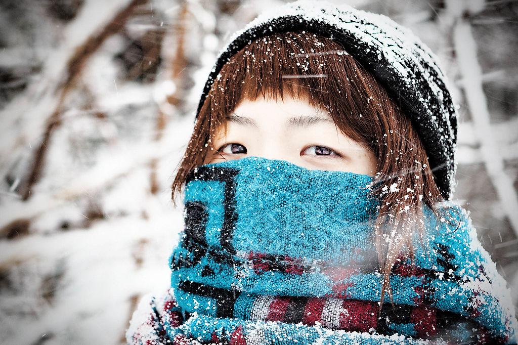 こんな状態でも、向かい風の時は目に雪が入ってきて痛い。