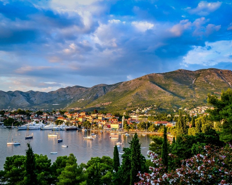 cavtat-lakes-villager.jpg